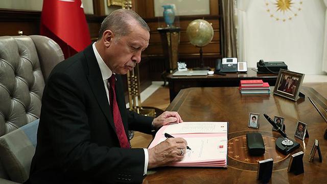 Cumhurbaşkanı Erdoğan imzaladı! 10 fakülte kuruldu