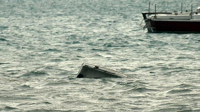 ABD'de tekne alabora oldu: 2 ölü