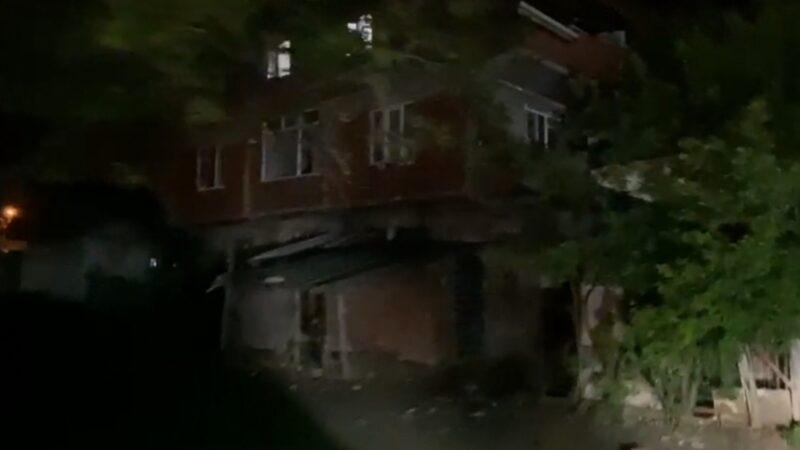 Bursa'da telefonla konuşurken pencereden düştü