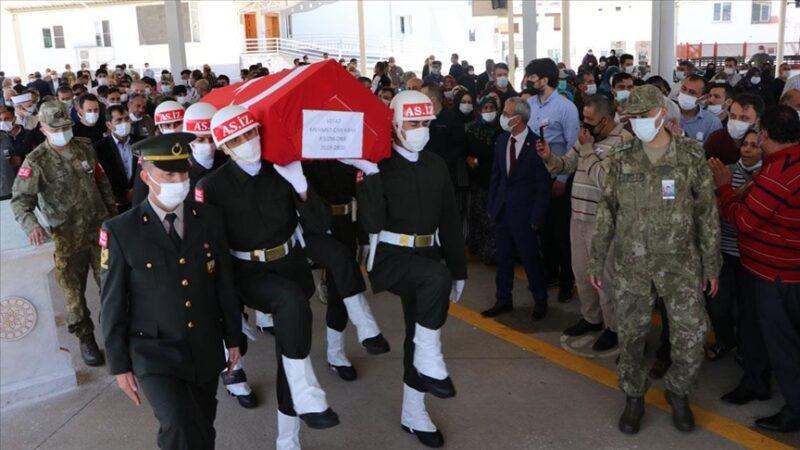 Uzman Onbaşı Mehmet Can Kaya memleketinde son yolculuğuna uğurlandı