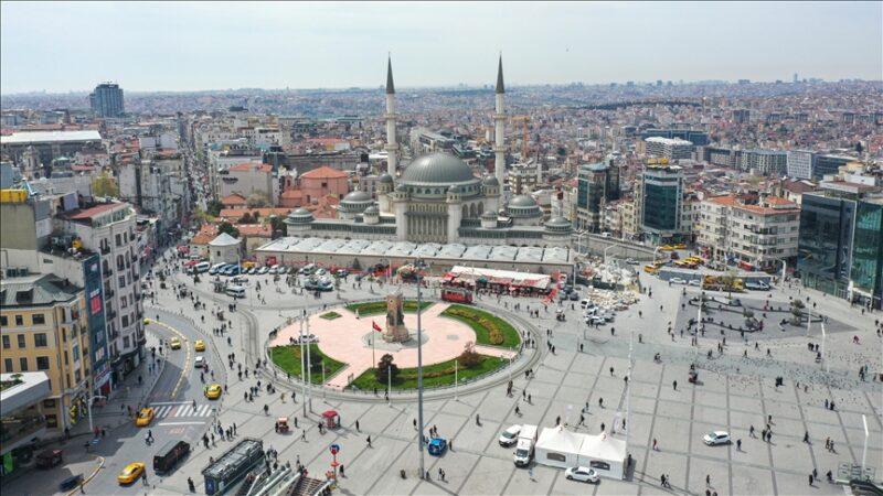 Taksim'e yapılan cami yarın açılıyor