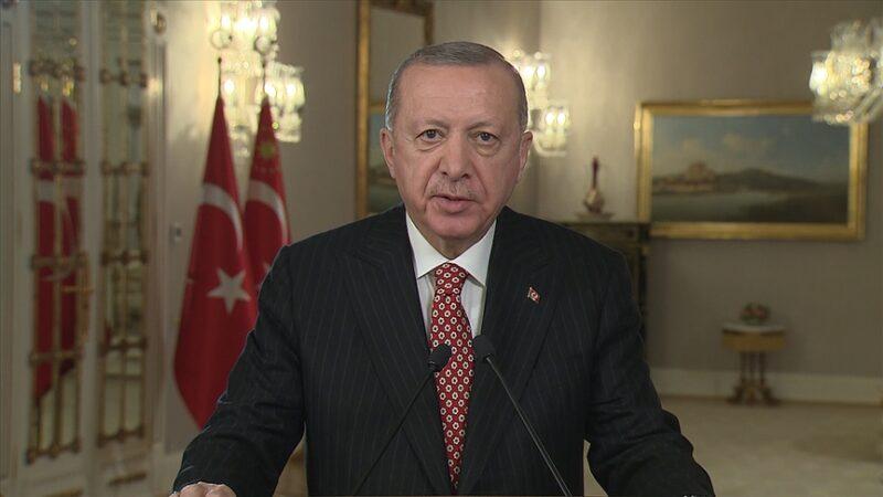 Cumhurbaşkanı Erdoğan'dan Fetih mesajı