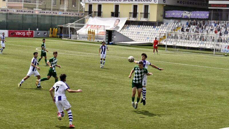 Bursaspor'dan 7 gollü maç! Düelloyu kim kazandı?