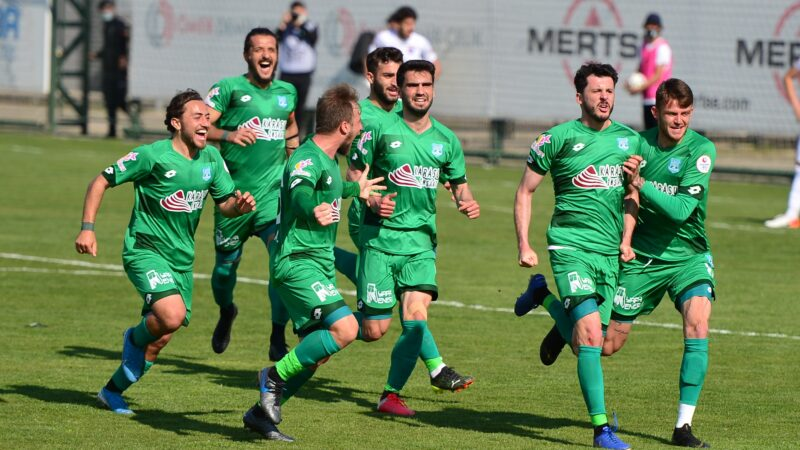 3.Lig'deki Bursa ekibiyle ilgili flaş gelişme! 2.Lig yolunda kritik haber…