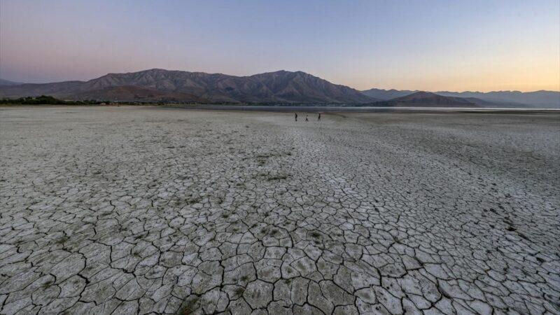 Van Gölü'nde yağışın 4 katı buharlaşma var