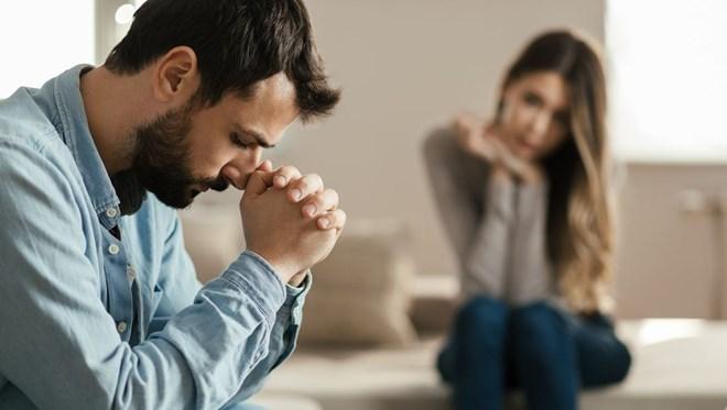9 bin erkek incelendi! Mutsuz evlilik öldürüyor
