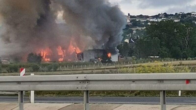 Büyük fabrika yangını