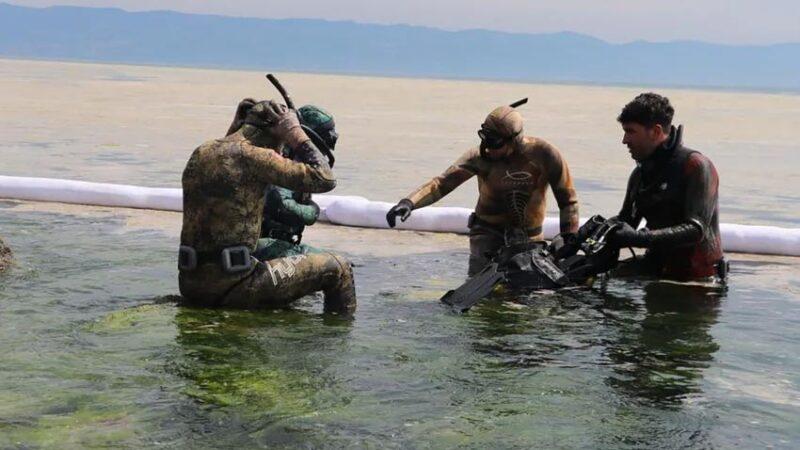 Deniz salyasının sardığı 'Marmara Denizi'nde yüzenlere ne olur? Uzman doktor uyardı