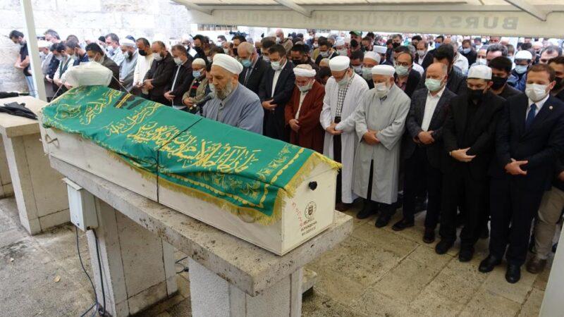 Bursa'da koronadan ölen imama son görev