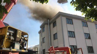 İnegöl'de yurdunun çatısında çıkan yangın söndürüldü
