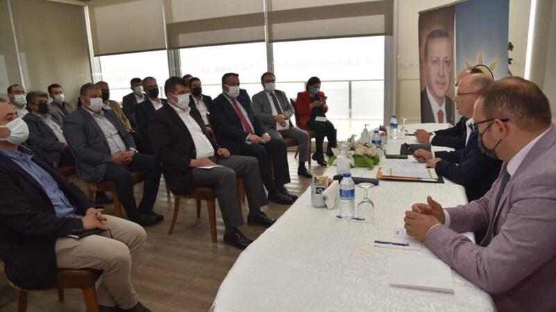 17 ilçe başkanı ile Bursa'nun bugünü ve geleceği konuşuldu
