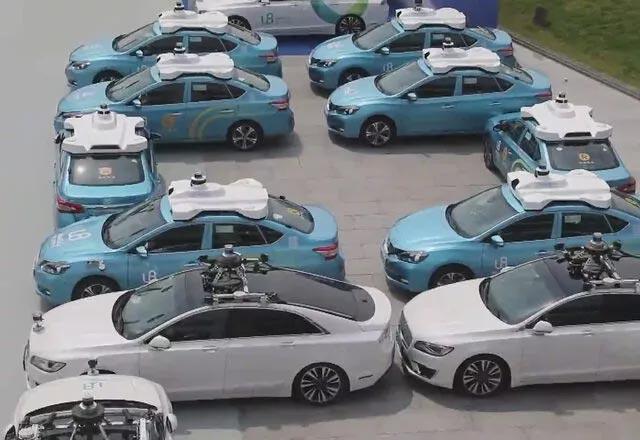 Çin'de 'sürücüsüz' dönem! 1 Temmuz'da hizmete giriyorlar
