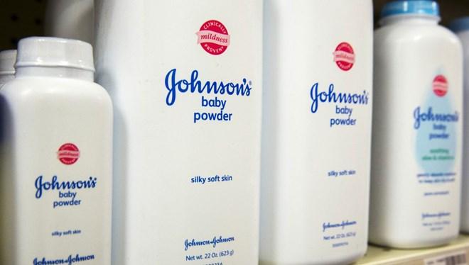 Johnson & Johnson'a milyon dolarlık ceza! Kansere yol açan madde tespit edildi