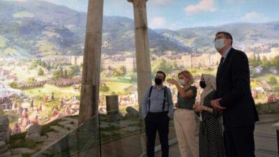 Bosna heyeti Fetih Müzesi'nde