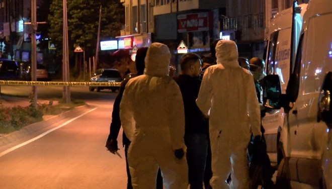 Anne ve oğlu evde ölü bulundu! Esrarengiz bomba notu korkuttu