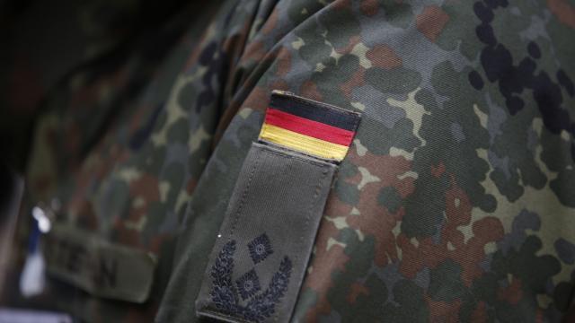 Almanya, Litvanya'da ağır suçlamalar yöneltilen askerlerini geri çekti