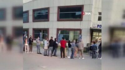 Bursa'nın iki ilçesinde aşı kuyruğu