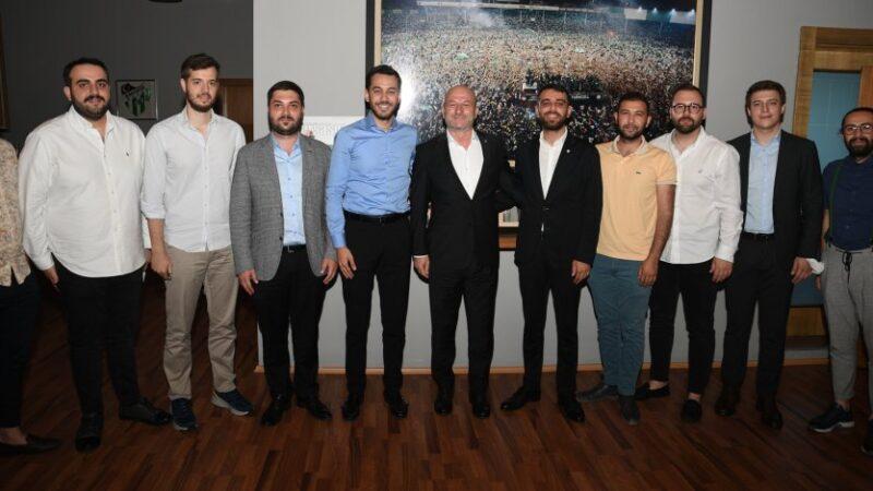 Bursaspor'a iş adamlarından ziyaret…