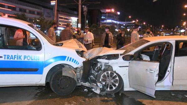 Bursa'da polise çarpan alkollü sürücü: Polis otosu tersten geliyor diye gördüm