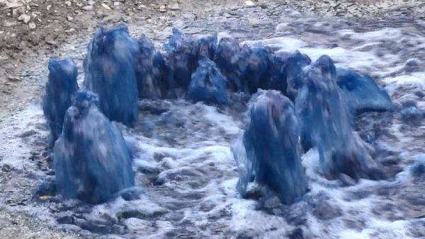 Rögarlardan yine mavi su fışkırdı