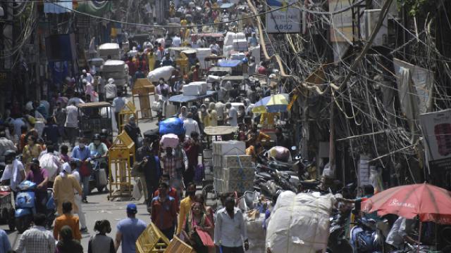Hindistan'da Covid-19 günlük vaka sayısında artış