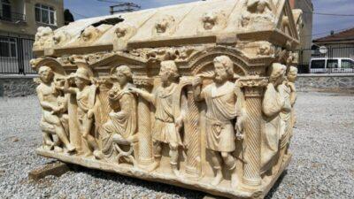 Bursa'da bu mezarlar sanat eserlerini aratmıyor