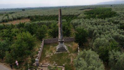 Bursa'daki anıt mezar 2 bin yıldır ayakta