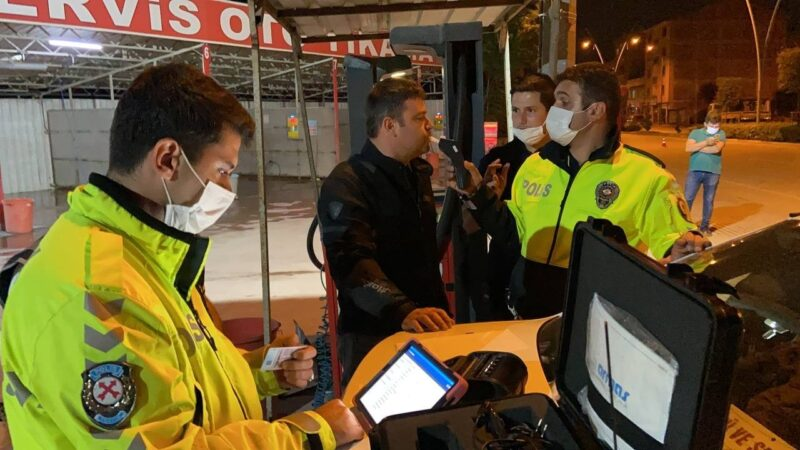 Yer: Bursa… Alkollü sürücü, polisleri çileden çıkardı