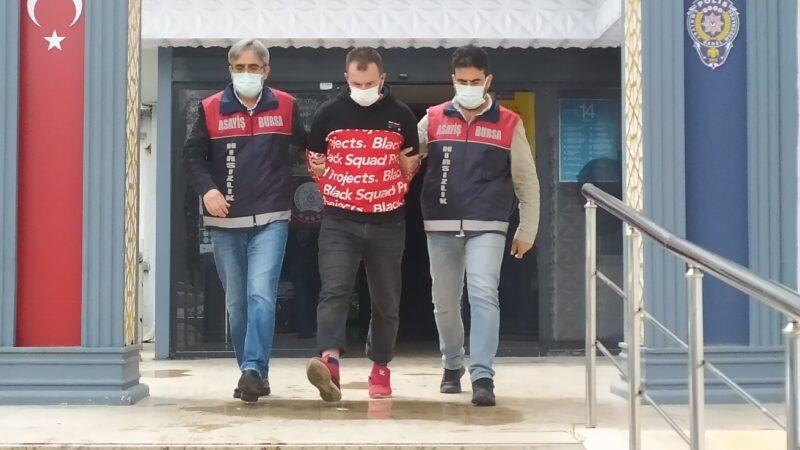Bursa'da sabah dükkan akşam banka soymuştu, tutuklandı