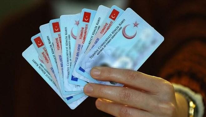 Ehliyet, kimlik ve pasaport işlemlerinde 'normalleşme' yoğunluğu