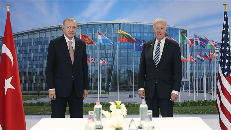 Brüksel'de tarihi görüşme