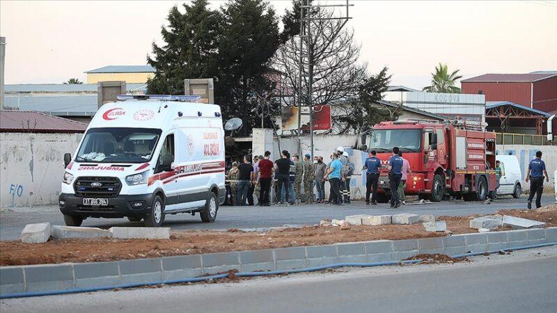 Askeri TIR, fabrika duvarına çarptı: 2 şehit