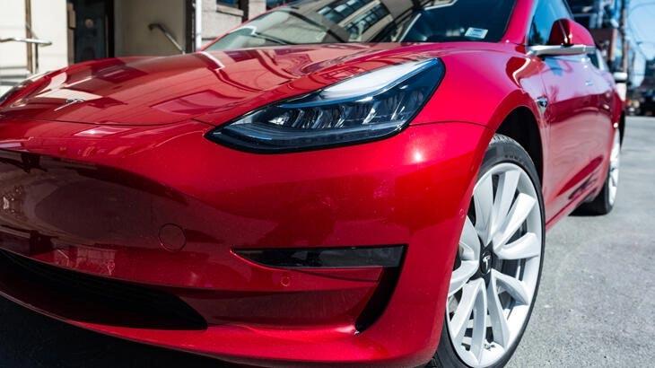 Tesla şoku! Binlerce aracını geri çağırıyor