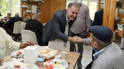 Başkan Taban huzur evi sakinleriyle buluştu
