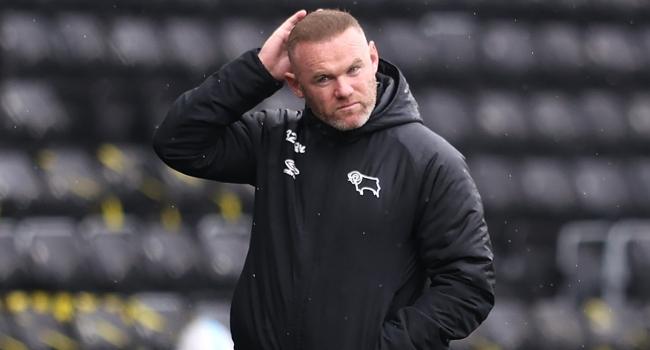 Rooney, antrenmanda oyuncusunu sakatladı