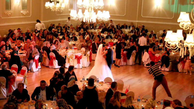 Düğün salonlarına talep patlaması