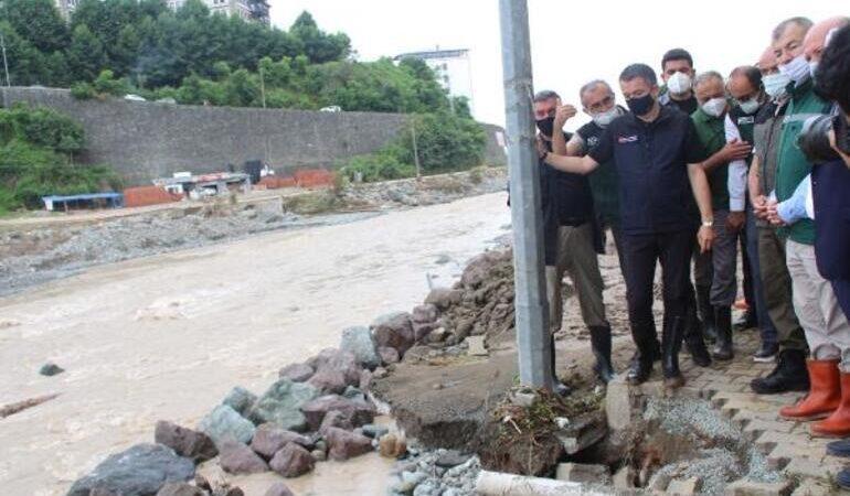 Bakan Pakdemirli'den sel bölgesinde kritik uyarı!