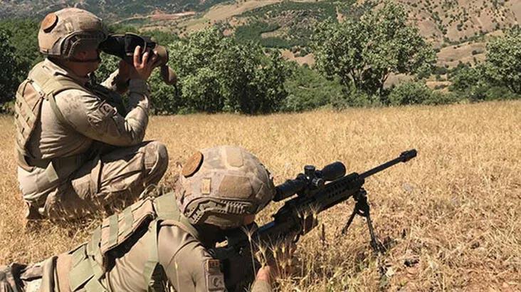 Şırnak'ta PKK'lı kadın terörist, ikna yoluyla teslim oldu