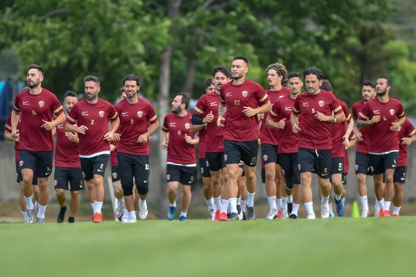 İnegölspor'da yeni sezon hazırlıkları başladı