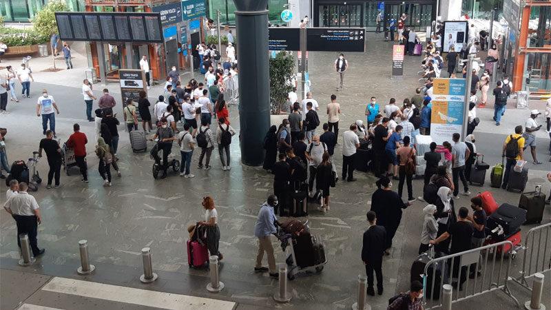Havalimanlarında bayram dönüşü yoğunluğu! Pandemi döneminin rekoru bekleniyor