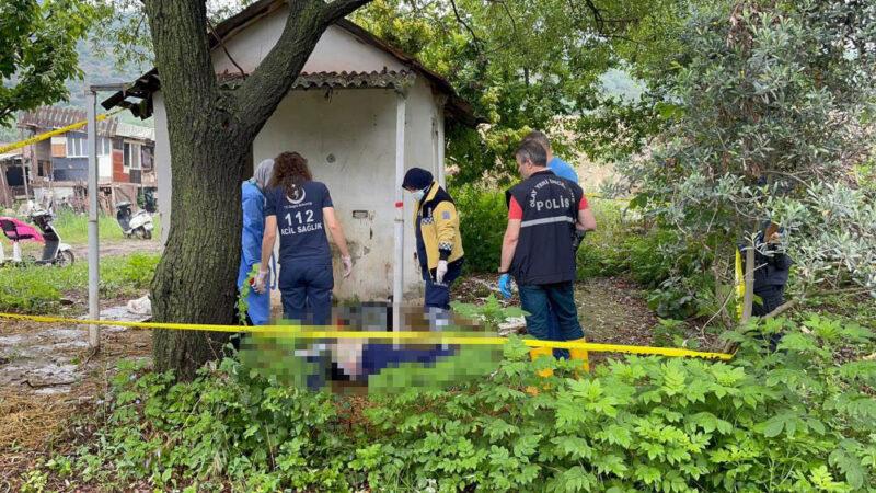 Bursa'da tarlada ceset bulundu