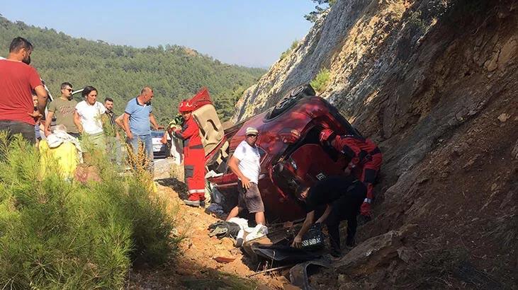 Muğla'da otomobil devrildi: 5 yaralı