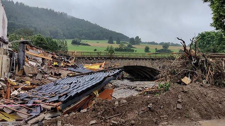 Almanya'daki su baskınlarında ölenlerin sayısı 103'e yükseldi