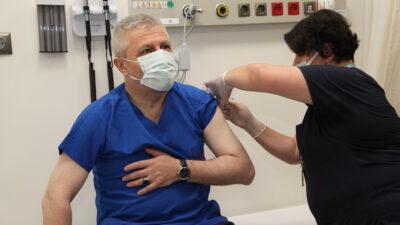 Bursa'da gençler aşıdan kaçıyor!