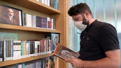 Osmangazi kütüphanelerine anlamlı köşe