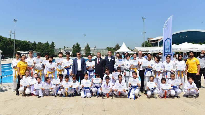 Yıldırım Belediyesi Yaz Spor Okulları'nda sertifika heyecanı