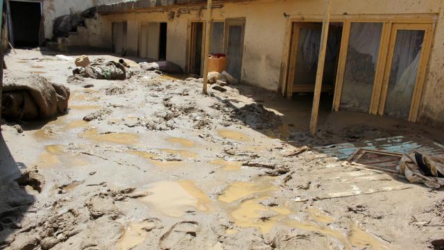 Afganistan'ı sel vurdu: 40 ölü