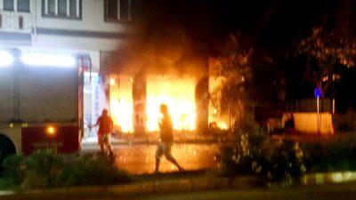 Bursa'da dehşet dakikaları! Alevlerin içinden böyle çıktılar
