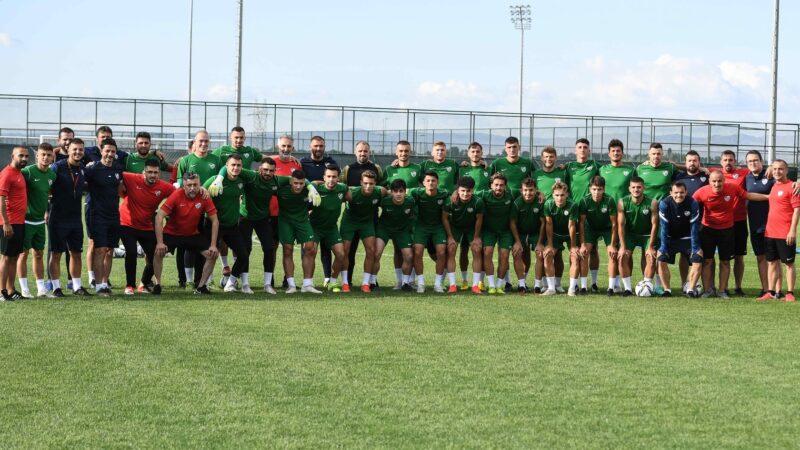 Bursaspor, Afyon'daki ilk antrenmanını gerçekleştirdi