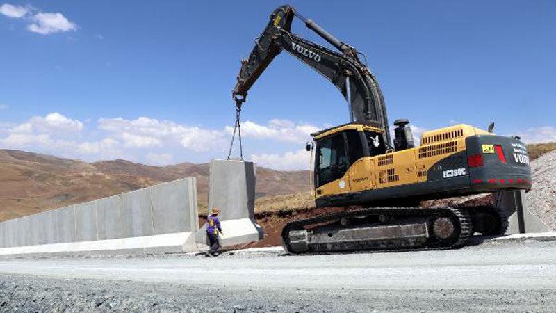 Sınıra 295 kilometrelik duvar! Kaçak geçişleri önleyecek